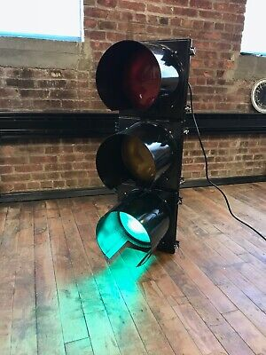 Rare Traffic Light - Gloss Black - Brand New - Wired W Controller Ge Leds