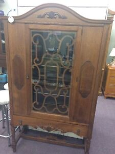 Small Antique Hutch Windsor Region Ontario image 2