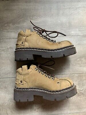 VTG London Underground Alien Brown Leather 8 Chunky Boots Lace Up 1990's -