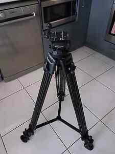 Weifeng 730 professional camera tripod Launceston Launceston Area Preview