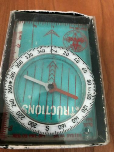 """VINTAGE - BOY SCOUTS OF AMERICA """"COMPASS""""  by SILVA SYSTEM"""