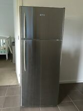 Hisense 460 litre fridge Mornington Mornington Peninsula Preview