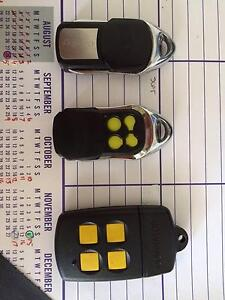 garage door remote controls x 3 (as NEW) Karrinyup Stirling Area Preview