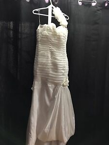 Wedding dress blow out.  Kitchener / Waterloo Kitchener Area image 4