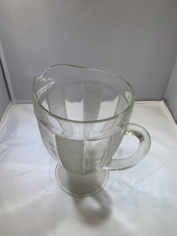"""""""Dewdrop"""" 1/2 Gal. Footed Pitcher"""
