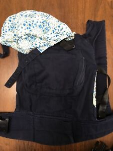 Navy ergo style baby carrier