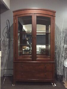 China cabinet, table, & 6 chairs
