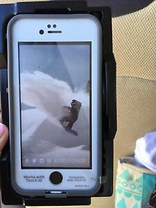 New iPhone 6/6s life proof case Marmong Point Lake Macquarie Area Preview