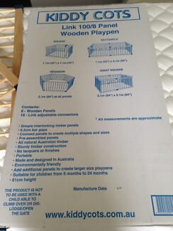Playpen Kiddy Cot Wooden. Large 8 Panels