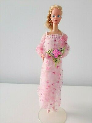 *VINTAGE KISSING BARBIE DOLL #2597 COMPLETE MATTEL 1970's-EXC COND*