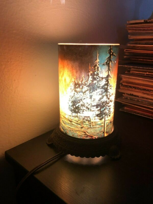 Antique Scene In Action Corp. Chicago Forest Motion Lamp