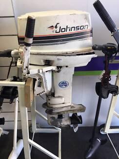 JOHNSON 30HP OUTBOARD MOTOR - 121837
