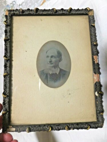 """Small ANTIQUE Wood & Gesso PAINTING FRAME circa 1901   -   8.5"""" x 6.5"""""""