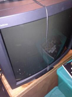Sony Trinitron retro tv