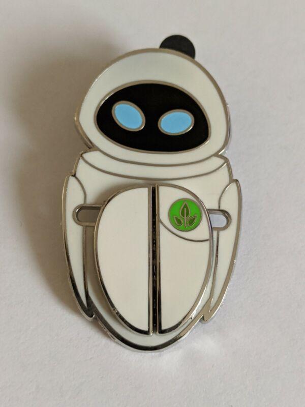 Eve Wall-E Celebrating 10 Years LE500 Disney Pin