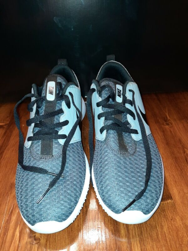 Roshe G JR size 7Y Nike Golf Shoes Cleats worn once