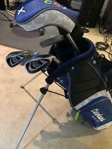 Cleveland Golf Kids Set and Stand Bag