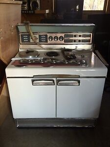 Beautiful old Frigidaire
