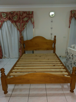 Free deliver as new condition queen bed frame