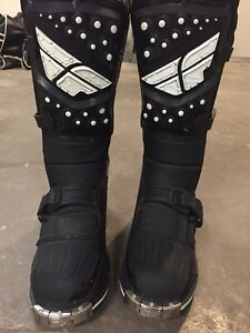 Fly racing dirt bike boots 120$ obo