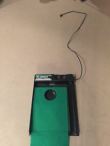 Electronic carpeted ball return putting system Cambridge Kitchener Area image 1