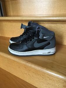 Men's Nike Air Force 1 high tops size7.5
