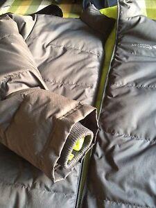 Mountain design winter jacket Bruce Belconnen Area Preview