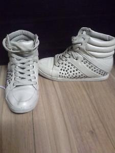 Brand new shoes Nicholls Gungahlin Area Preview
