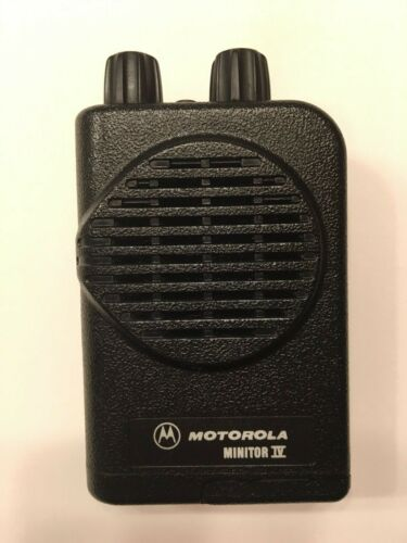 Motorola Minitor IV VHF High Band Pager 159-167 MHz. 2-channel with Charger NOAA
