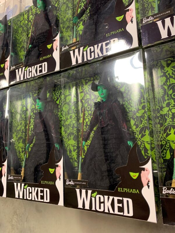 NEW 2018 Barbie Signature - Wicked - Elphaba Mattel FJH60