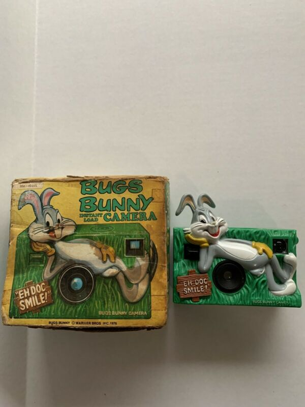 1976 BUGS BUNNY Instant Load CAMERA In The Box Warner Bros Inc Helm Toy Kodak
