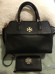 AUTHENTIC Tory Burch black leather purse with match Wallet NEW!!
