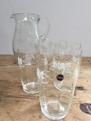 VINTAGE ETCHED GRAPES & VINES CRYSTAL/ GLASS JUG & SET OF 6 GLASSES