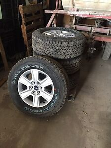 "18"" Ford rims and tires"