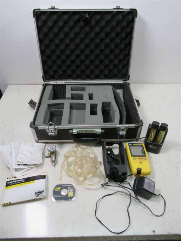 BW Gas Alert Max Multi Gas Detector w/ Case & Accessories GAMAX3-4