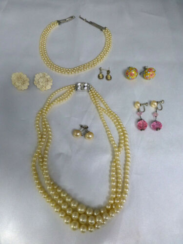 LOT of BEAUTIFUL ANTIQUE JEWELRY