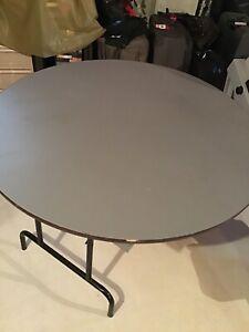 Round utility Table