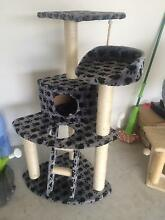 Hardly used Cat Scratch Tree. Beenleigh Logan Area Preview