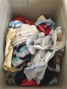 6 months clothing lot - boy