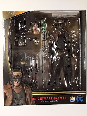 MAFEX No.031 Knightmare Batman vs Superman Dawn of Justice Medicom **US SELLER**