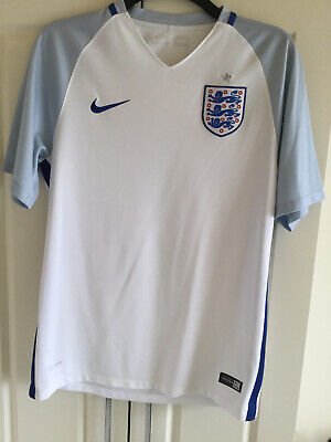 England Football Top. Nike Dri Fit Football Shirt. Size M. Footie Shirt.