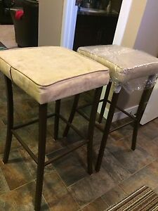 Bar Stools Excellent condition, 3 ft high