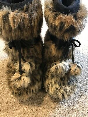G by Guess Black Boots with Animal Faux Fur Girls Size (Guess Kids Boots)