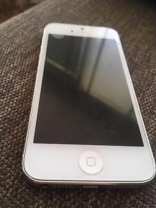 Used iphone 5 16GB (White) Melbourne CBD Melbourne City Preview
