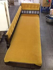 Antique Chaise Lounge Hendra Brisbane North East Preview