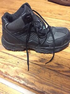Size 10 safety steel toe workshoes