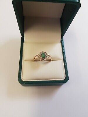9ct yellow gold Emerald and diamonds ring (Vintage)