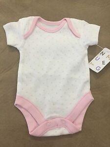 Tiny baby bodysuit Camden Camden Area Preview