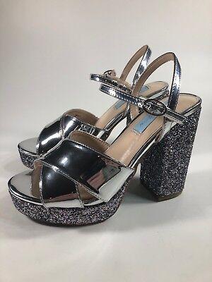 Betsey Johnson NEW Silver Gliter Platform Pumps Heels Womens Size 6.5 - Silver Gliter