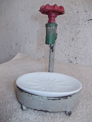 Nostalgie Seifenschale,Ständer Seifenschale,Metall Ständer mit Porzellaneinsatz